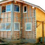 Утепление деревянного дома снаружи, чем лучше это сделать: технология монтажа