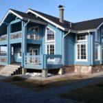Окраска дома из бруса – защита и украшение