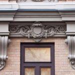 Декоративные элементы в оформлении фасадов