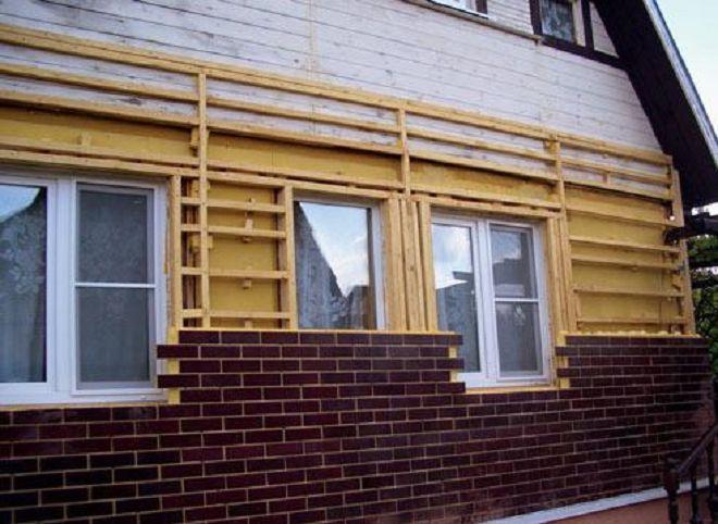 fasad-doma-otdelannyj-termopaneljami