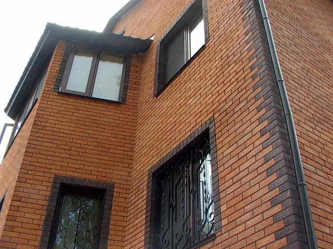 oblitsovannyy-kirpichom-fasad