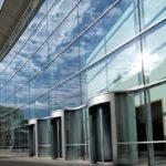 Современная технология обновления фасада – теплое фасадное остекление
