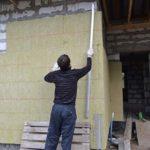 Утепление фасада дома: как, чем и какая толщина материала будет уместна