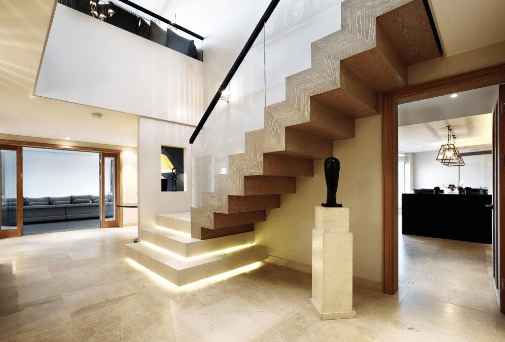 Преимущества бетонных лестниц в частном доме